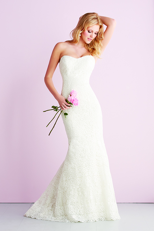 2700 Allure Romace Bridal Gown