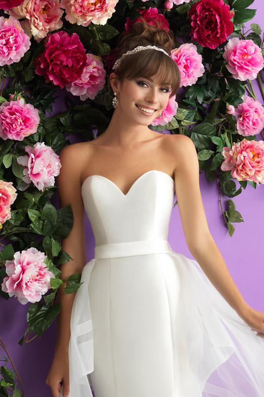 3000 Allure Romance Wedding Dress