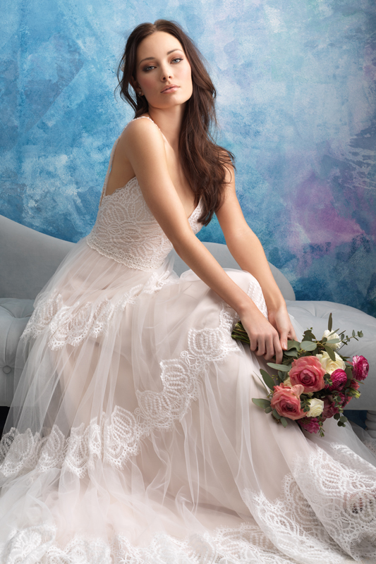 9555 Allure Bridals Princess Line Wedding Dress