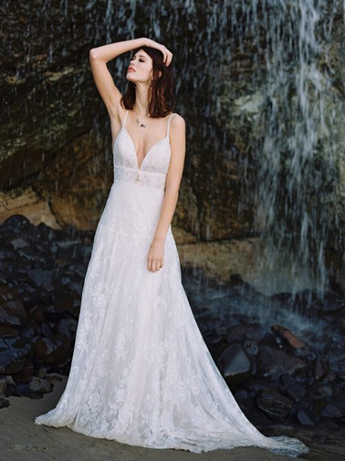 F115 Lily Wilderly Bride Wedding Dress